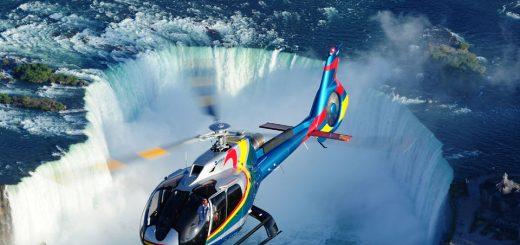 Hélicoptère aux chutes du Niagara