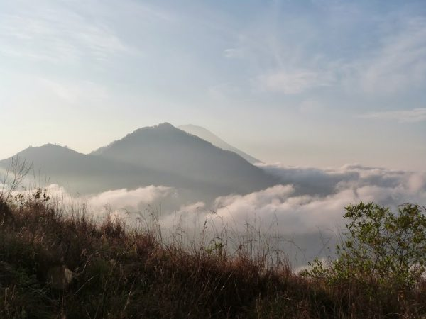Vue sur le Mont Agung depuis le Mont Batur