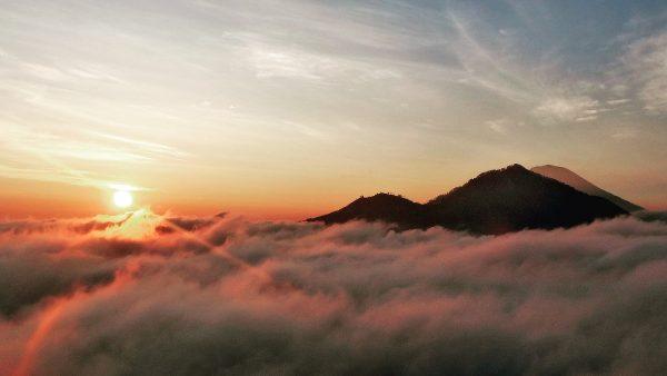 Vue depuis le Mont Batur à Bali