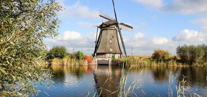 Les moulins de Kinderdijk aux Pays-Bas