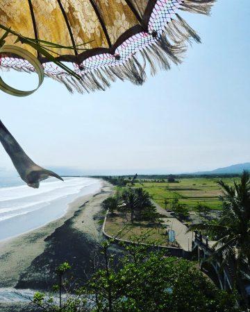 La vue depuis le temple Pura Rambut Siwi à Bali
