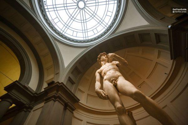 La statue du David de Michel-Ange à Florence