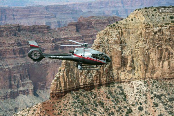 Hélicoptère au Grand Canyon