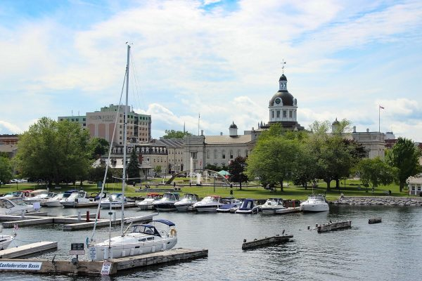 Le port de Kingston dans l'Ontario, un des points de départs pour partir à la découverte de l'archipel des mille îles !