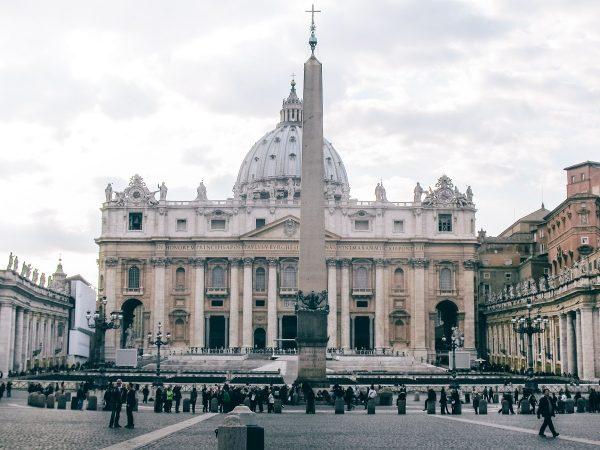 La place Saint-Pierre du Vatican