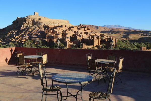 Vue panoramique depuis un hôtel à Ait Ben Haddou