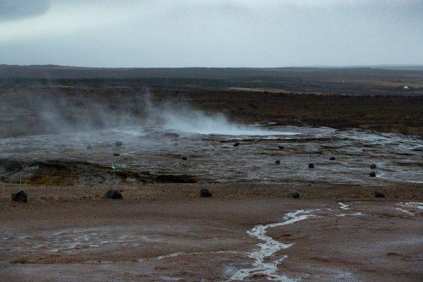Le geyser Geysir, aux rares éruptions