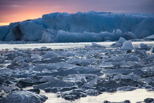 Jokulsarlon au coucher du soleil en Islande
