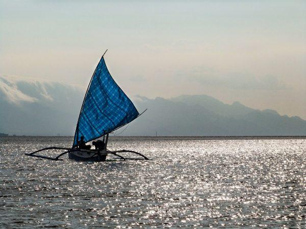 Bateau sur la mer de Java