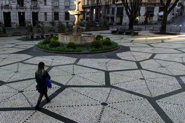 La place Trindade de Porto
