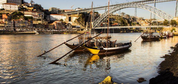Vue sur Porto depuis Vila Nova de Gaia