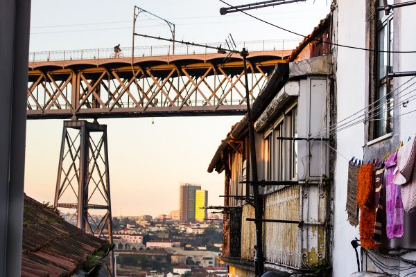 Vue sur le Ponte Luis I de Porto