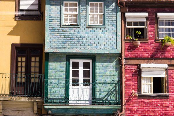 Les façades de Porto : le mélange des couleurs