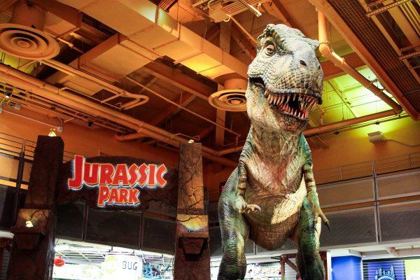 Le grand T-Rex du magasin Toy's R Us de New-York, malheureusement désormais fermé