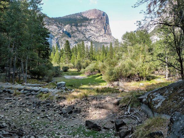 La petite randonnée du Mirror Lake à Yosemite : à sec en septembre !