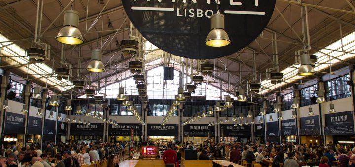A l'intérieur du Time Out Market de Lisbonne