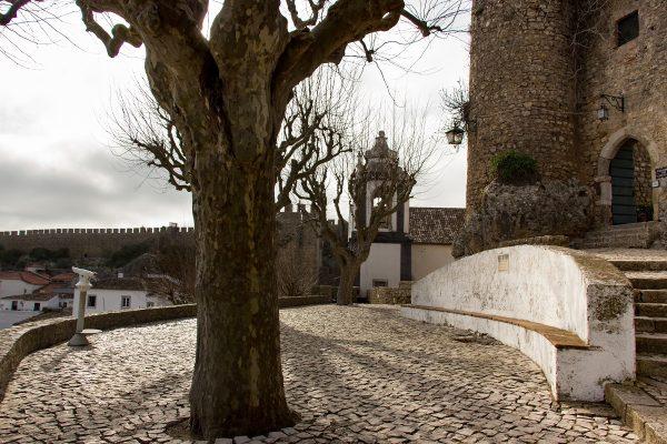 L'accès aux remparts d'Obidos, ici par la partie nord du village