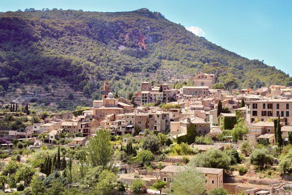 Valldemossa : un superbe village dans l'intérieur des terres de Majorque