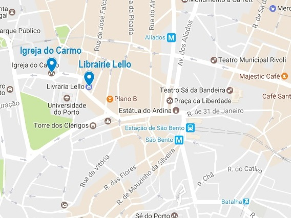 L'accès à la Librairie Lello, dans le centre-ville de Porto