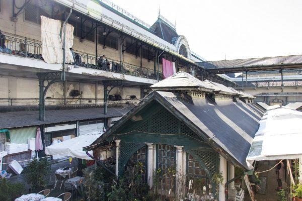 La vue sur la cour intérieure du marché de Bolhao de Porto