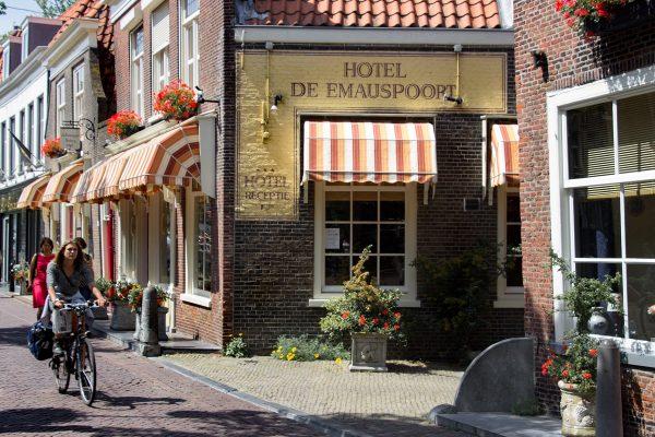 Dans les rues de Delft aux Pays-Bas