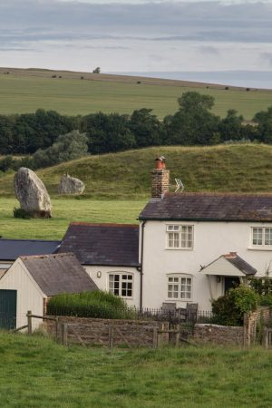 Avebury et ses menhirs au plus près des habitations