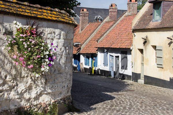 Visiter Montreuil sur Mer : ses remparts et ses ruelles pavées