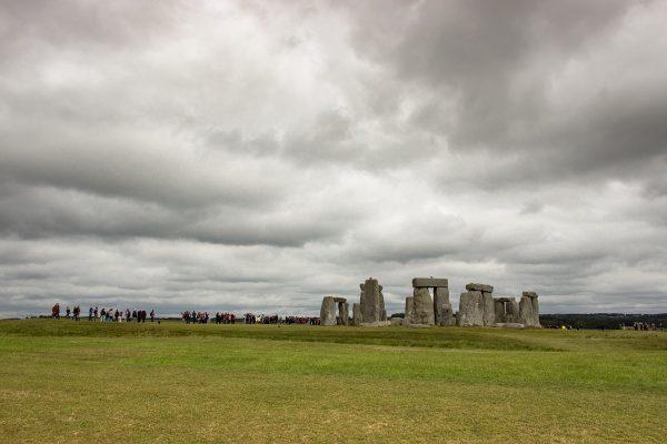 Le site de Stonehenge est isolé au milieu de la campagne
