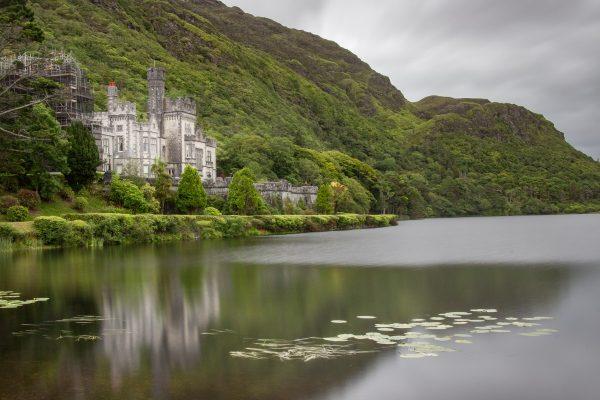 L'abbaye de Kylemore dans le Connemara : un incontournable à visiter