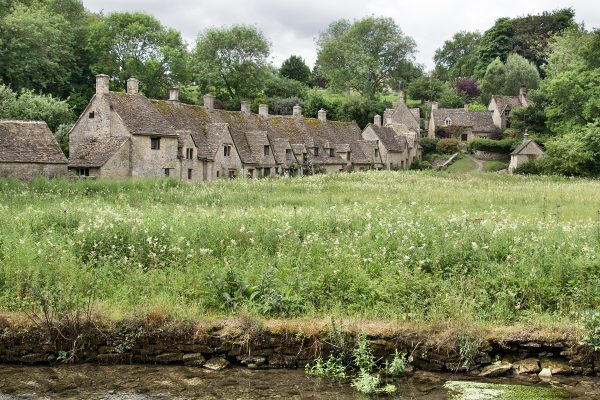 L'Arlington Row Entrance à Bibury, dans la région des Cotswolds
