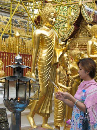 Le temple de Doi Suthep : un lieu de culte pour les Thaïlandais