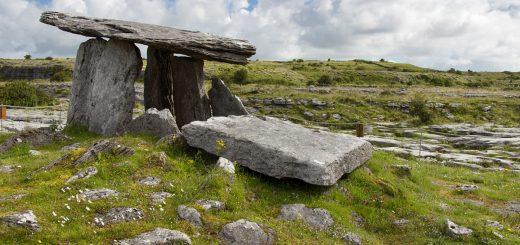Le dolmen de Poulnabrone en Irlande
