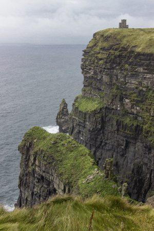 La plus haute falaise du site des Cliffs of Moher