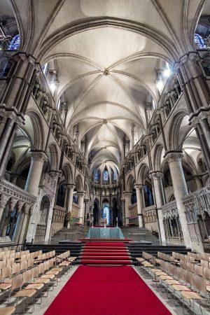 L'intérieur de la cathédrale de Canterbury