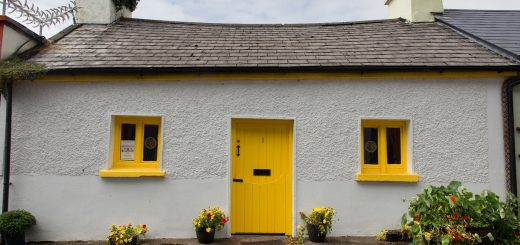 Une maison colorée à Dingle en Irlande