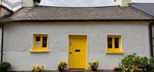 Une maison colorée à Dingle en Irlande