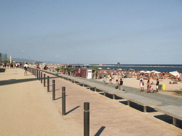 Le bord de mer de Barcelone et sa plage