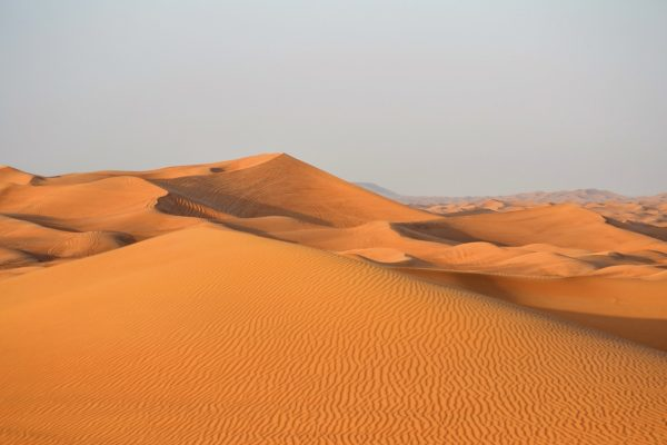 Désert de dunes à proximité de Dubai