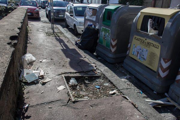 L'entretien dans certains quartiers de Naples, souvent négligé