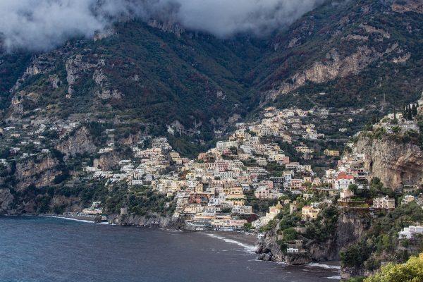 Panorama sur Positano, entre mer et montagne