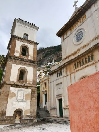 Une petite place dans Positano