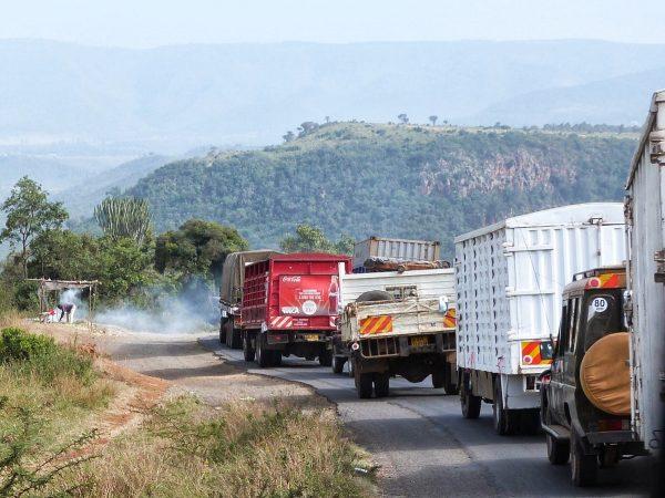Sur une route principale au Kenya