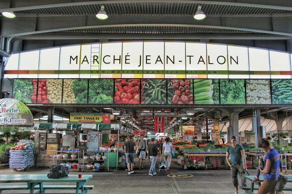 La façade du marché Jean-Talon de Montreal