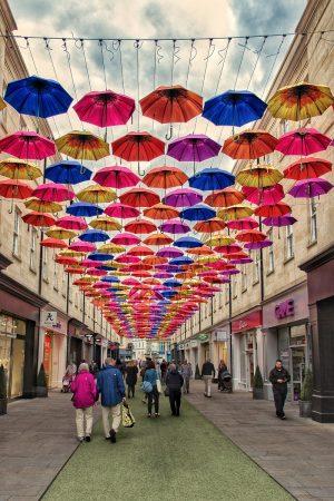 Une rue du centre-ville de Bath