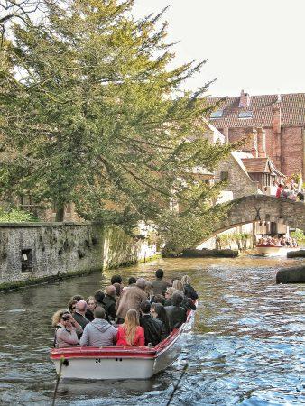 La balade en bateau sur les canaux de Bruges
