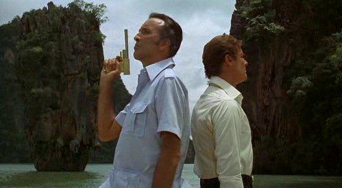 """Image extraite du film James Bond : """"L'homme au pistolet d'or"""", dans la baie de Phang Nga en Thaïlande"""
