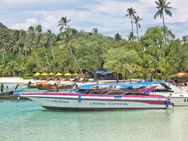 Exemple de hors-bord pour l'excursion de Koh Phi Phi