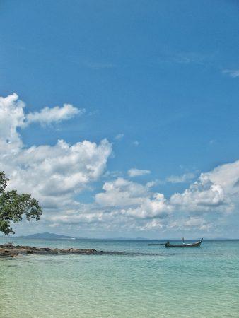 Sur la plage de Koh Phi Phi Don