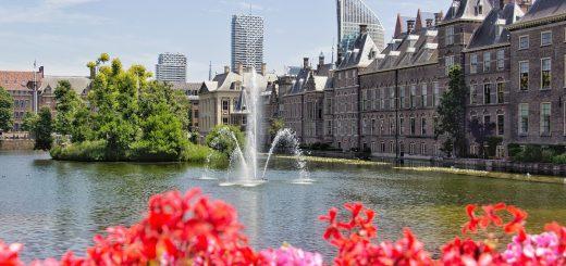 Le Hofvijver et Binnenhof de La Haye