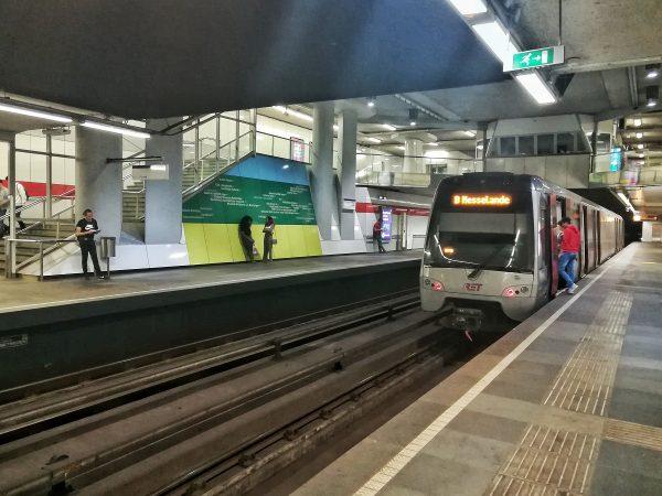 A l'intérieur du métro de Rotterdam